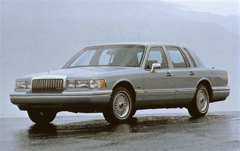 automotive repair manual 1993 lincoln town car security system maintenance schedule for 1993 lincoln town car openbay