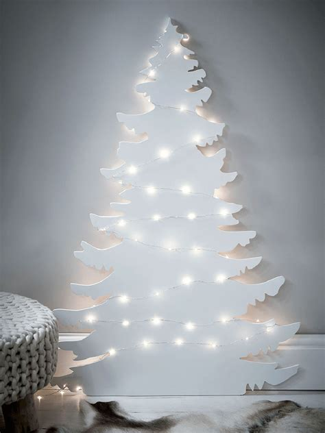 12 modern christmas trees you can decorate with this holiday season contemporist