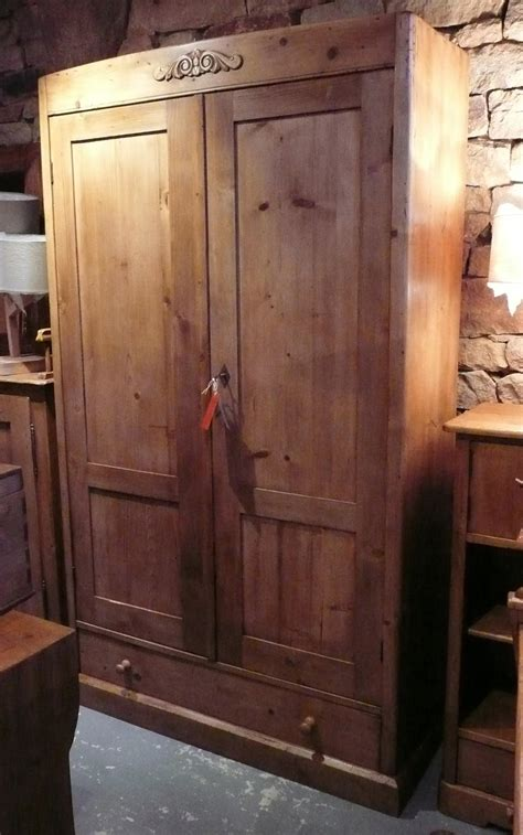 porte d armoire ancienne armoire ancienne en pin 2 portes 1 tiroir int 233 gralement