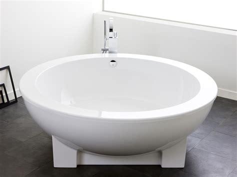 Badewannen Welches Material Ist Das Richtige Bauen De