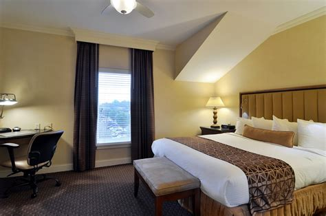 2 bedroom suites in lancaster pa suite in lancaster pa enjoy the two bedroom villa suite
