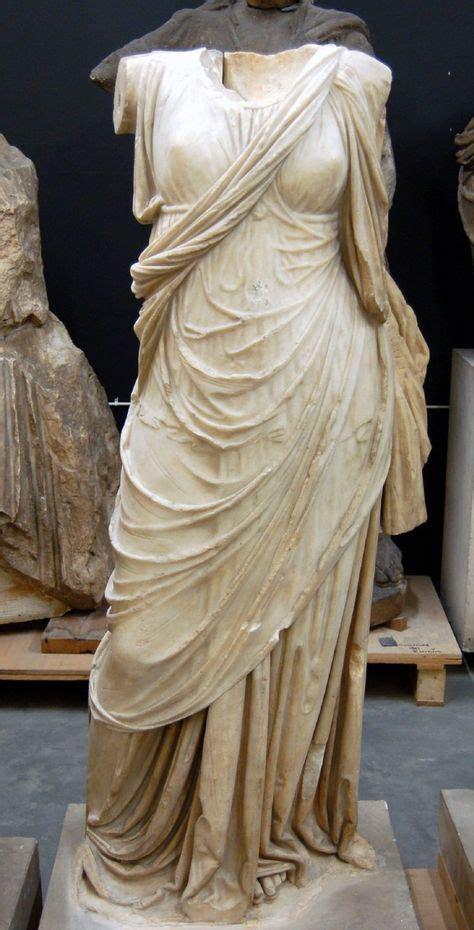 ancient roman women sculptures best 25 greek statues ideas on pinterest statues