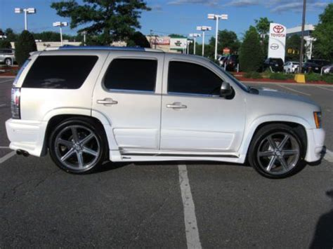 Southern Comfort Cars by Sell Used Custom 2007 Chevy Tahoe Ultimate Lx With
