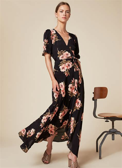 In Kristen Bells Closet Tadash Shoji by Kristen Bell Wore The Dress Every Stylish