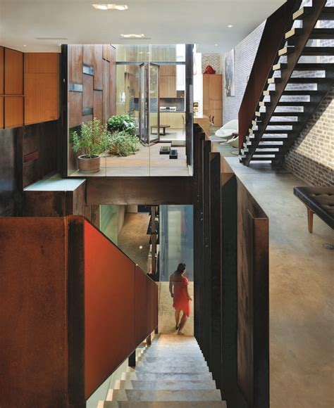 the inverted warehouse townhouse of new york home design inverted warehouse townhouse in manhattan new york by