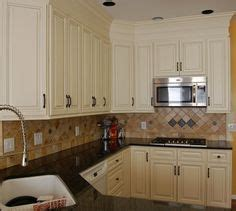 kitchen minor remodel she re trimmed re doored and 1000 images about kitchen soffit on pinterest cabinets