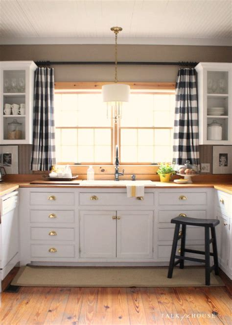 Curtain For Kitchen Window Best 25 Kitchen Curtains Ideas On Kitchen Window Curtains Farmhouse Style Kitchen