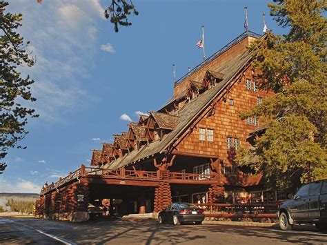 best 25 yellowstone lodging ideas on national