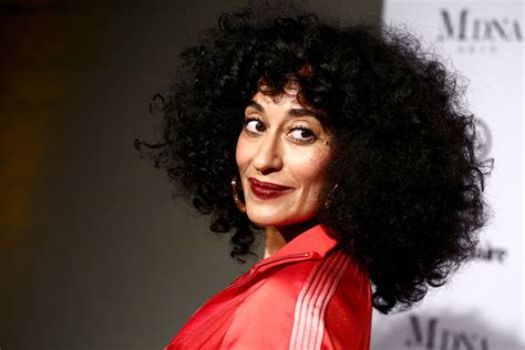 tracee ellis ross on blackish tracee ellis ross clears the air on her blackish salary