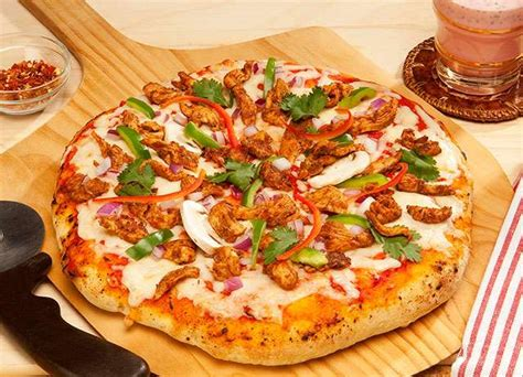 Pizza Medium So Corn Chiken Chesee recipe of chicken tikka pizza