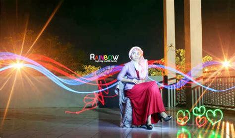 lowongan layouter majalah surabaya foto calon artis photo model cover majalah muslimah