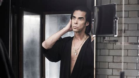 b rojob nick cave defends his decision to play shows in israel