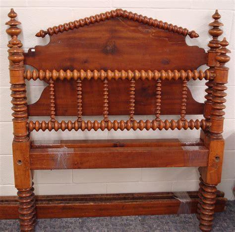 Spool Headboard furniture bed softwood lind peaked headboard spool turnings urn finials
