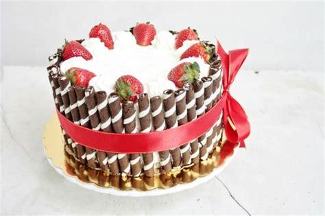 Ausgefallene Geburtstagstorten by Torte Dekorieren Mit Erdbeeren 88 Beispiele F 252 R Torten