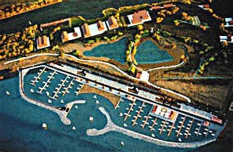 hotel porto di ostia litorale romano porto turistico di roma
