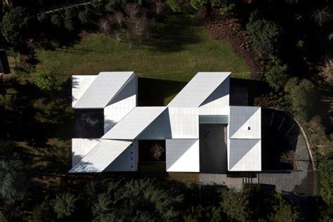 oragami house origami house oab carlos ferrater quiet corner