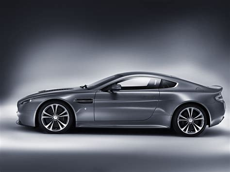 Vantage Pictures by Aston Martin V12 Vantage Carincarwallapers