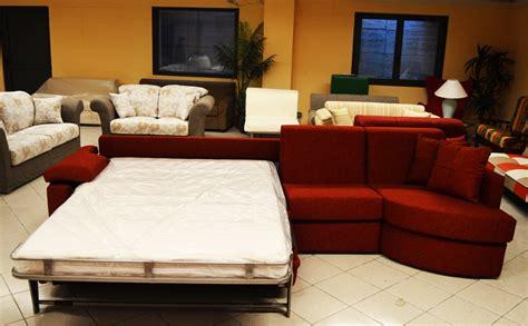 divani e divani ritiro usato offerte divani con ritiro usato letto con estraibile