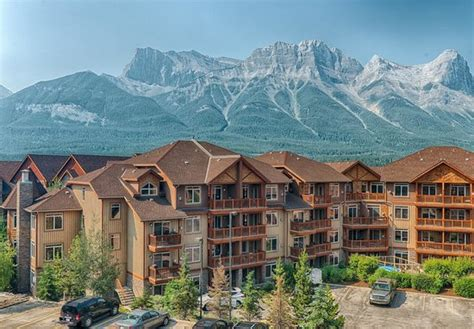 Canmore Accommodations Cabins by Solara Resort Spa Canmore Alberta Updated 2016