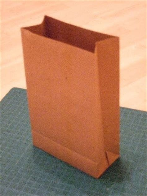 How To Make Brown Paper Bag - emmelinesplace paper bag tutorial
