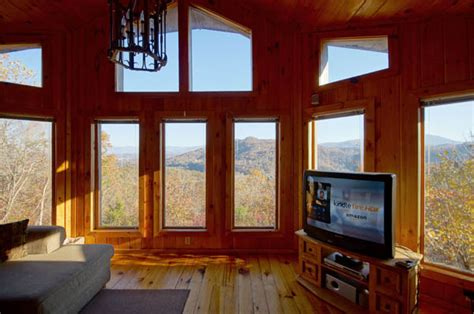 sunset screening room lakota sunset cabin with awesome mountain views in pigeon forge