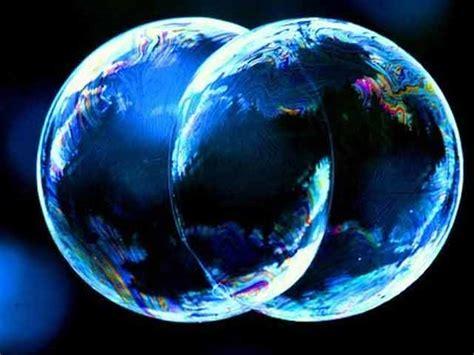 los dos mumdos 8408099566 estrategias para un mundo que crece a dos velocidades