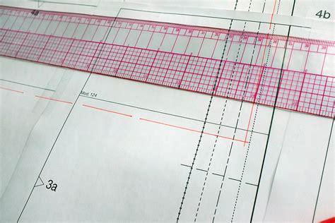 pattern allowances pdf nptel fleece sweatshirt sew along with burdastyle spoonflower blog