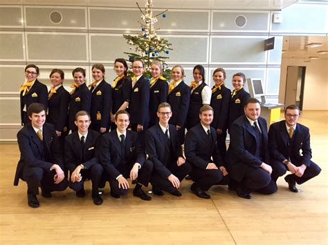lufthansa cabin crew quot cabin crew prepare for take quot be lufthansa karriere