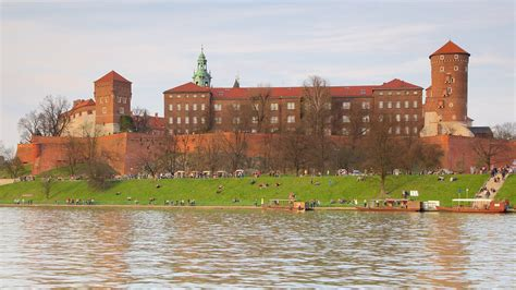 Wawel Castle in Krakow,   Expedia.ca