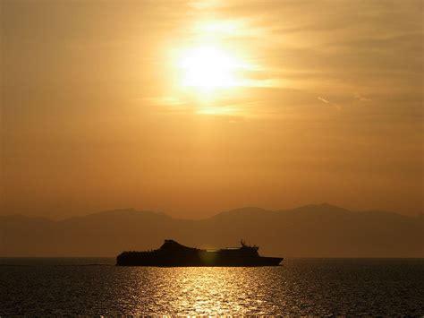 traghetto civitavecchia porto vecchio arrivare in corsica