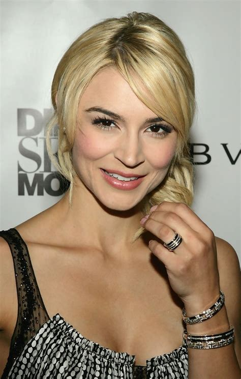 samaire armstrong shows samaire armstrong photos photos premiere event for