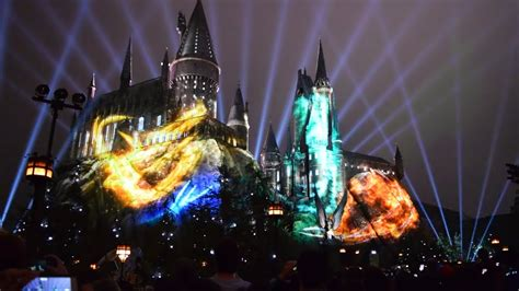 universal studios hollywood light show nighttime lights at hogwarts show wizarding world of