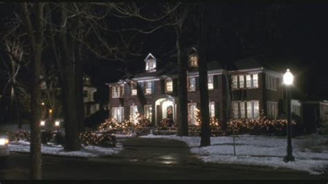 pop quiz name these 10 halloween movie houses hooked on pop quiz name these 10 christmas movie houses celebrity