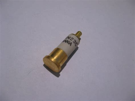 popular microwave mixer diode qty 1 1n23c microwave diode mixer 10 ghz sylvania used other diodes