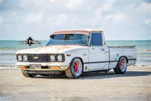 theme tuesdays chevy trucks stance is everything