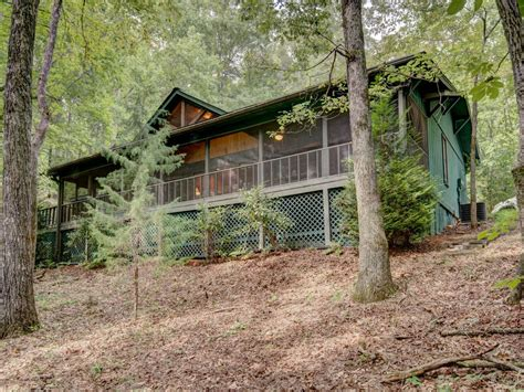 beautiful pet friendly mountain home with lake access to
