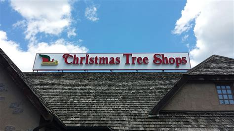 christmas tree shops クリスマスツリー 295 old oak st pembroke