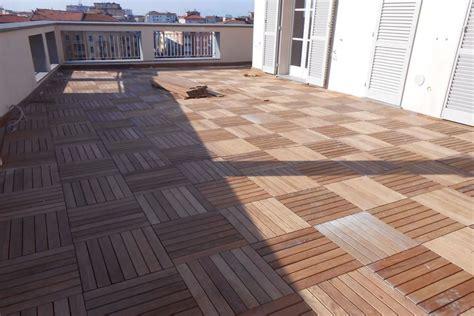 pavimenti balconi pavimenti in legno per terrazzi e balconi listoni e