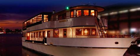 luxury boat cruise nyc luxury private charters yacht cruises nyc from eastern