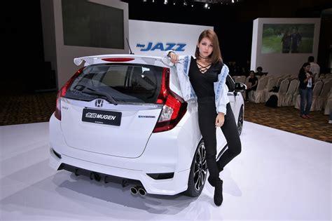 honda jazz 2017 green an insight into the new honda jazz hybrid autoworld my