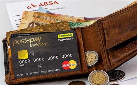 ufficio postale silvi marina silvi documenti falsi per avere carte di credito arrestato