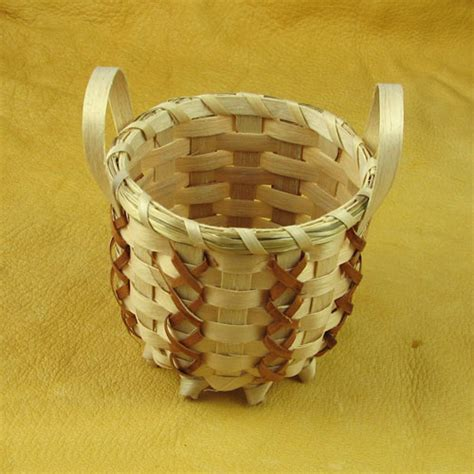 American Handmade Crafts - handmade indian basket 10 mesa farm american