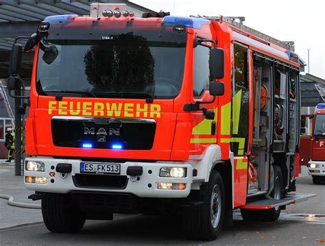 Vw Auto Und Service Weilheim by Vw Bus Brennt Aus Paywall Testseite Teckbote