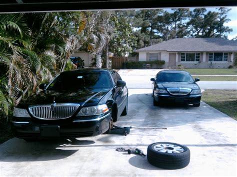 Car L by 2007 Lincoln Town Car Executive L For Sale