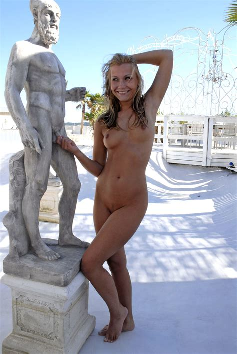 Naked Girl Being Naughty In Public Porn Pic EPORNER