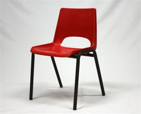 chaise enfant vintage chaise enfant vintage le vintage dans la peau
