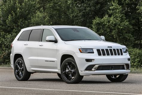cherokee jeep 2016 white 2016 jeep grand cherokee improves mpg adds engine stop start