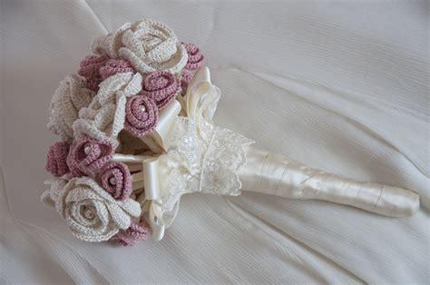 come fare i fiori ad uncinetto bouquet con fiori all uncinetto alluncinetto it