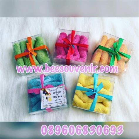 Harga Grosir Souvenir Pernikahan Mangkok Apel Besar Pita towel lapis souvenir pernikahan jogja murah unik harga