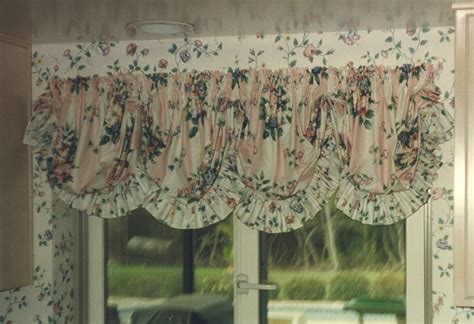 chose balloon shades  roman shades bee home plan home decoration ideas
